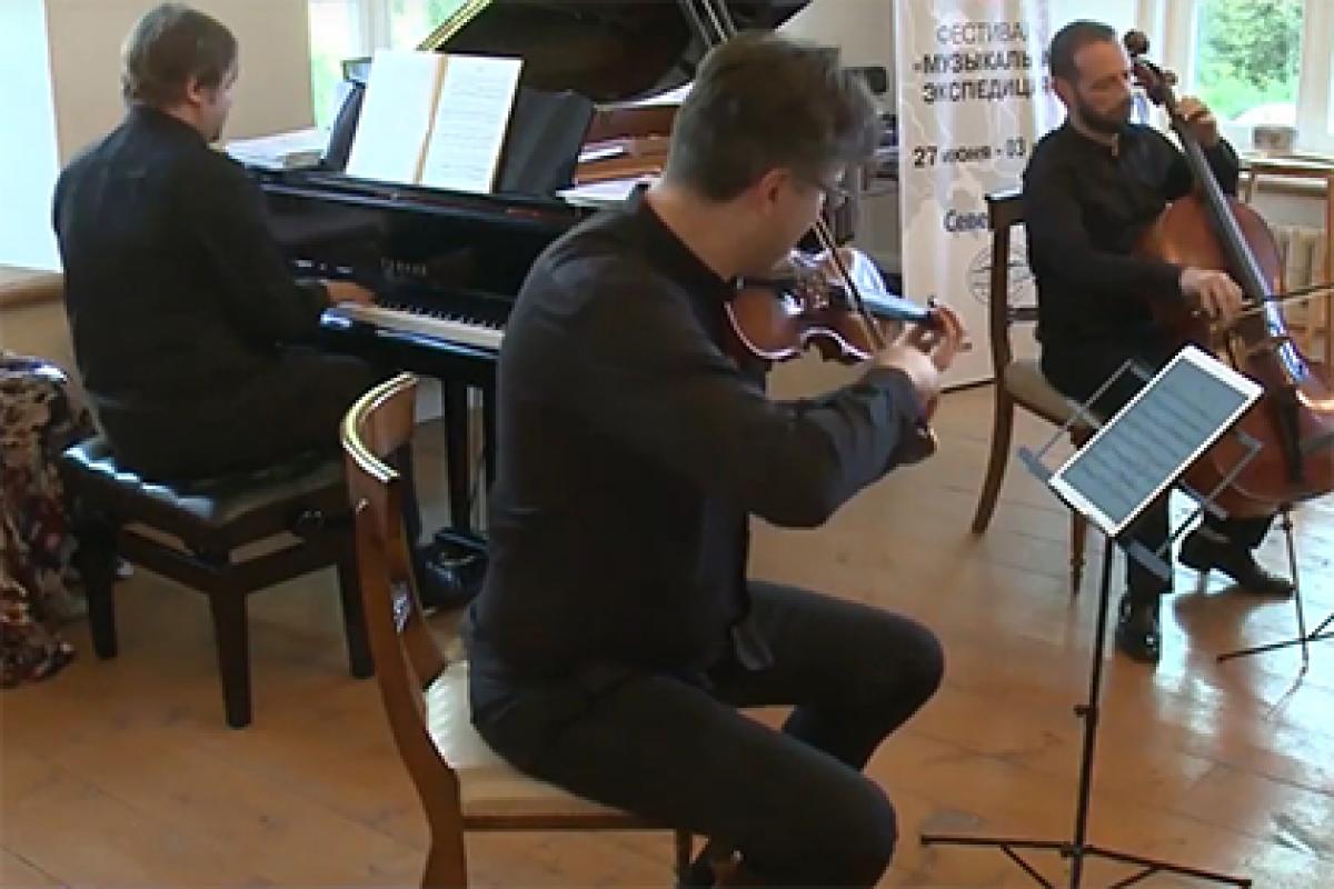 «Музыкальная экспедиция» побывала в селе Борисово-Судское (Вологодская область)